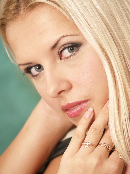 Russianbrides.com.ua - Pictures of real women